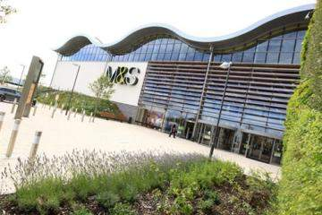 Marks and Spencer, Cheshire Oaks